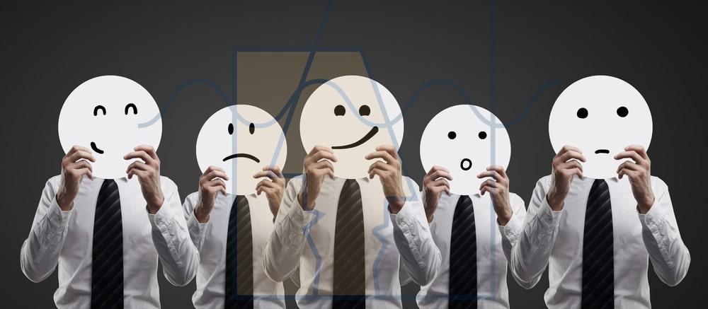 ابراز احساسات متفاوت