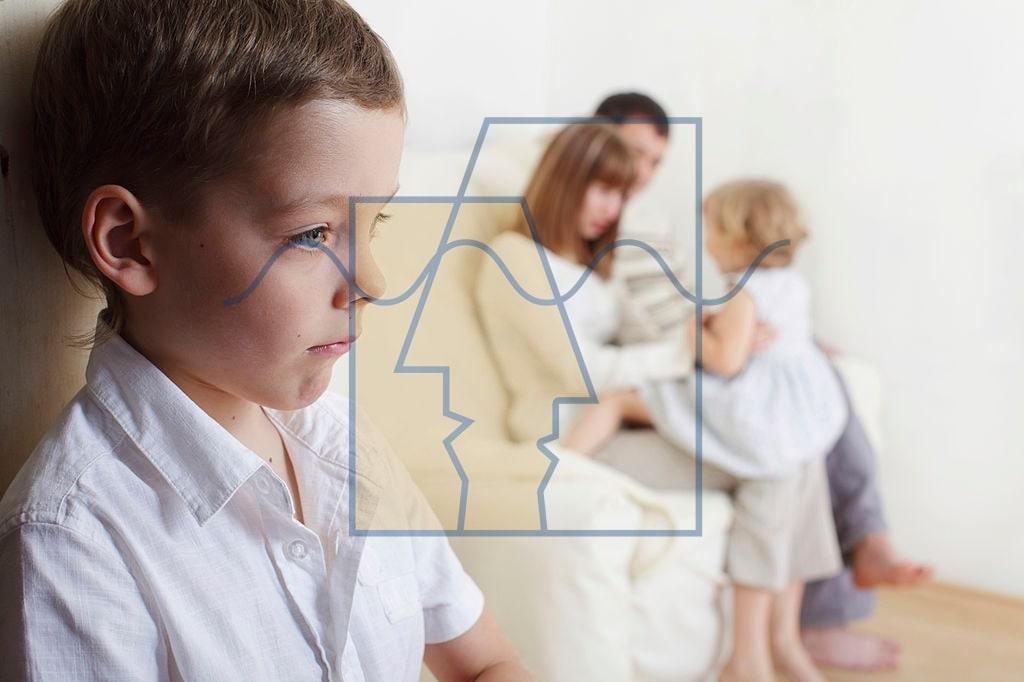 بهترین تربیت کودک حسود
